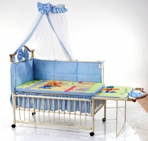 кроватка Geoby TLY632
