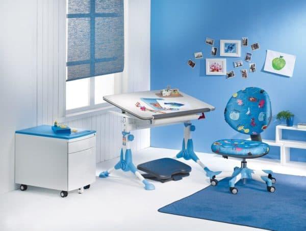 стол регулируемый по высоте с ортопедическим стулом