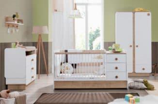 кровать с пеленальным столиком для малыша