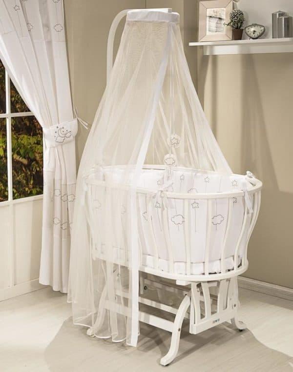 овальная кроватка для ребенка