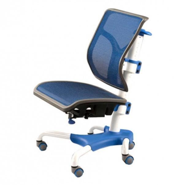 стул с перфорированной спинкой для ученика