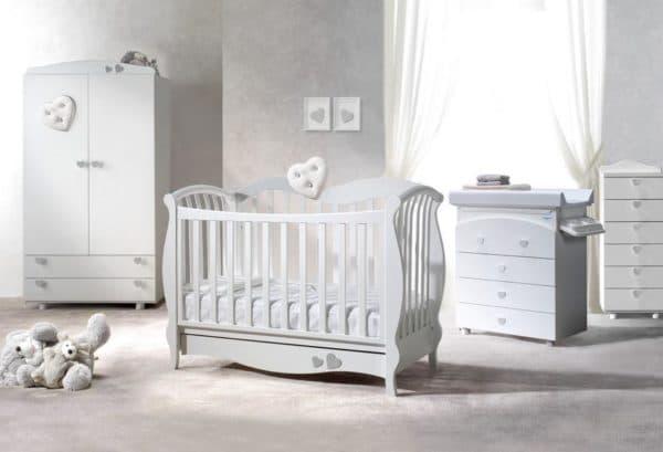 Итальянская кроватка для новорожденного