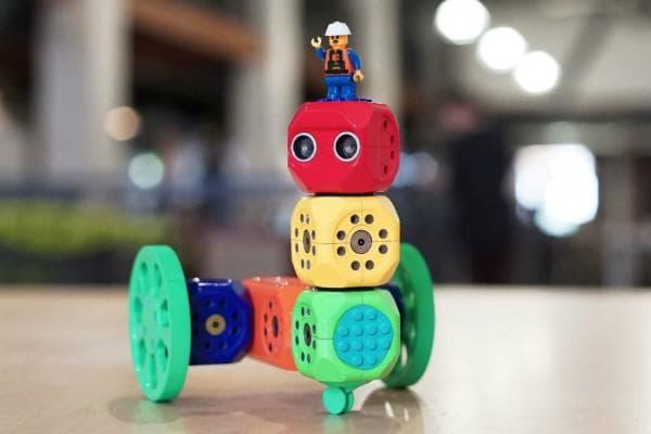 Обучающие конструкторы для сборки роботов