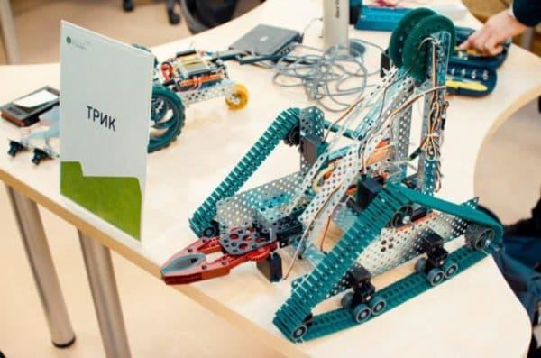 Набор для сборки роботов программируемых