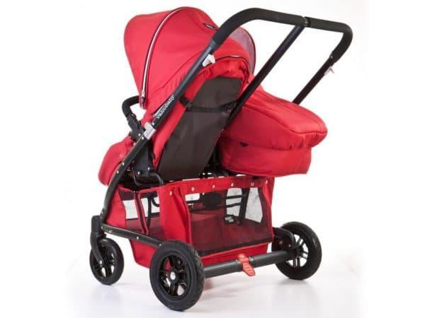 Красная коляска с люлькой для погодок