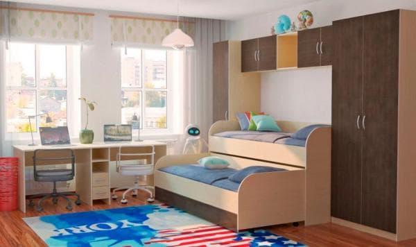 Комната с двухъярусной выдвижной кроваткой для детей