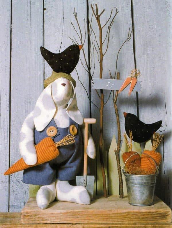 Интерьерная игрушка заяц с длинными ушами