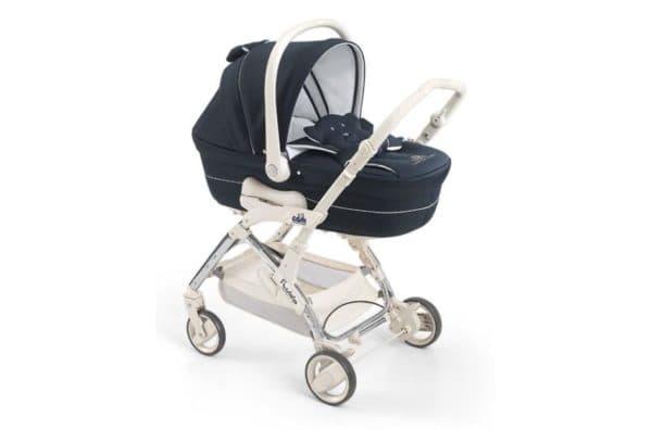 Стильная детская коляска трансформер