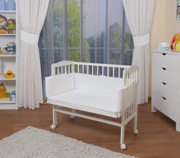 Белая кроватка приставная для ребенка