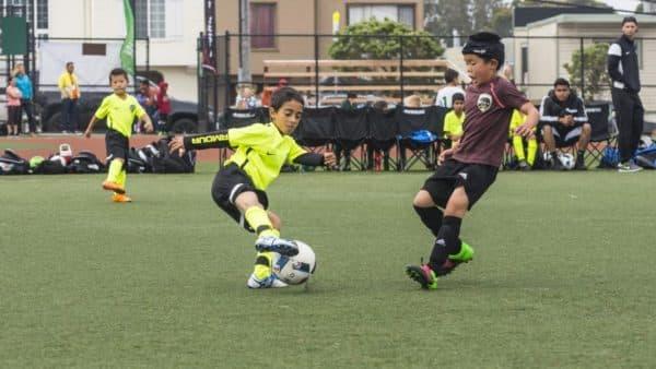 Футбольные бутсы для детей