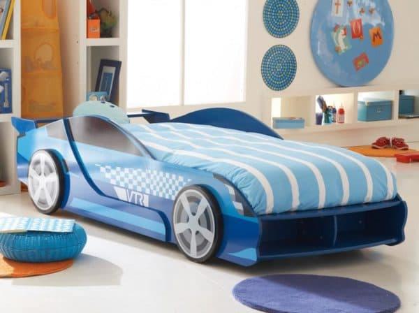 кроватка-машина для ребенка