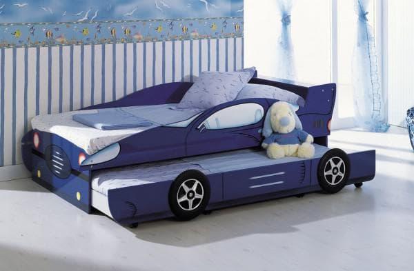 двухместная кровать-машинка