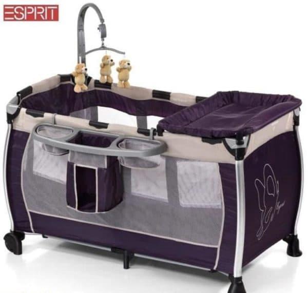 Кроватка-манеж с пеленальным столиком для новорожденного
