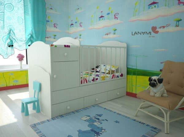Кроватка для малыша с комодом