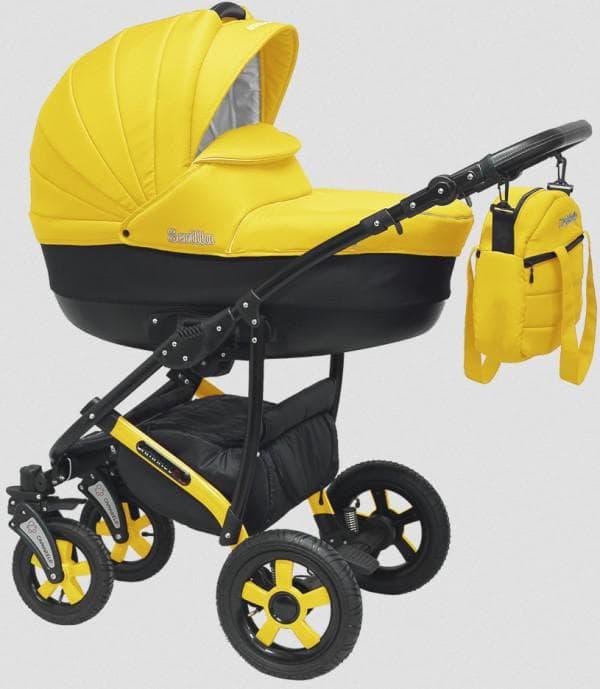 Желтая коляска для новорожденного