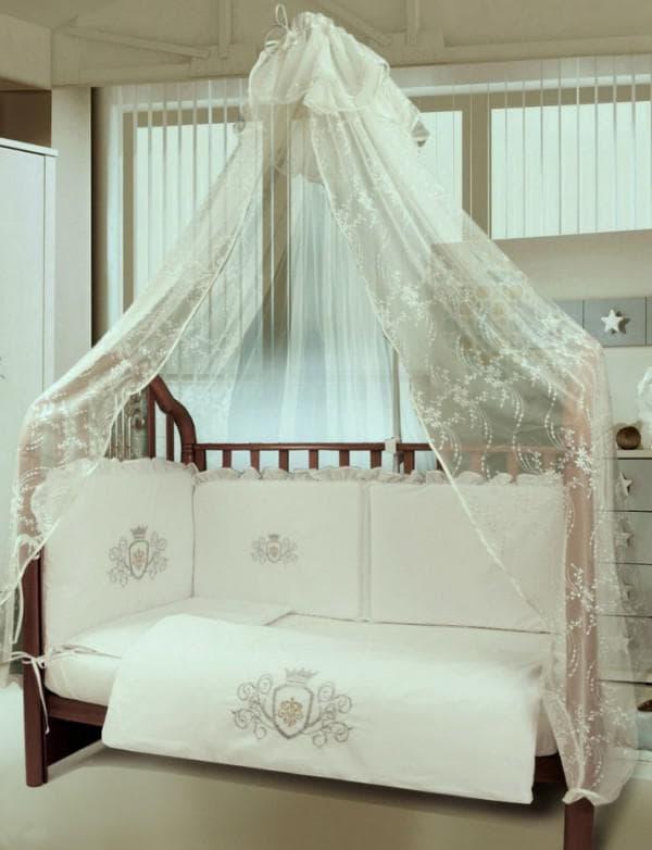 Набор из 7 предметов в кроватку новорожденного