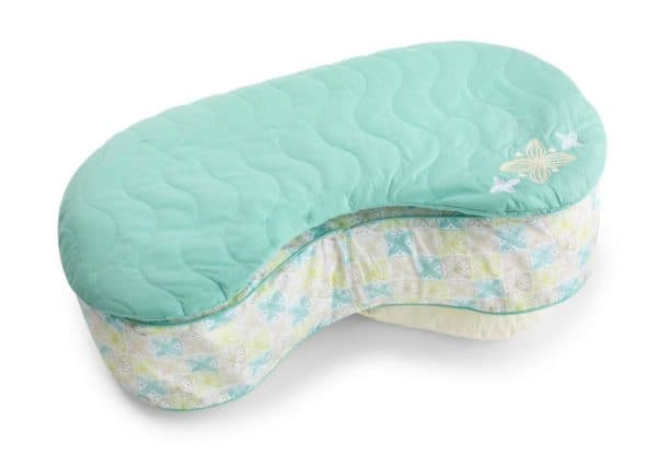 Небольшая подушка для кормления грудью