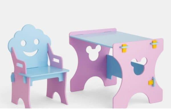 Стол и стул в детскую комнату для девочки от 2 лет