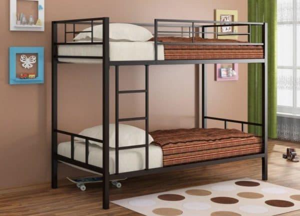 Кровать двухъярусная стальная