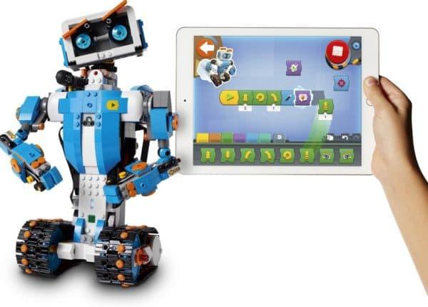 Детский робот-игрушка Lego Boost
